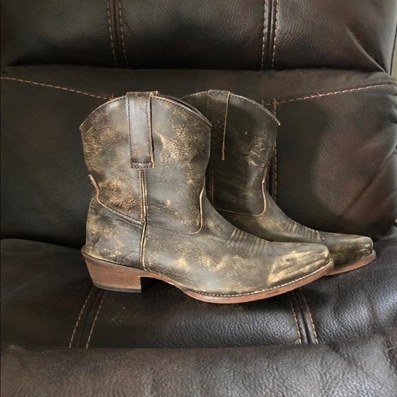 c430e0b8b4f Roper Women's Distressed Toe Short Western Boots